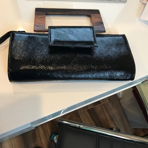 Zina Eva Handbags - Black Patent Leather Evening Bag w/ Wooden Handle